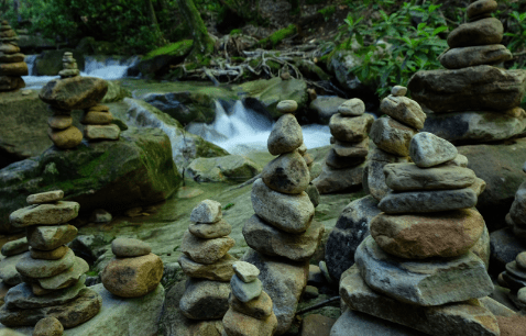 hiking cairns