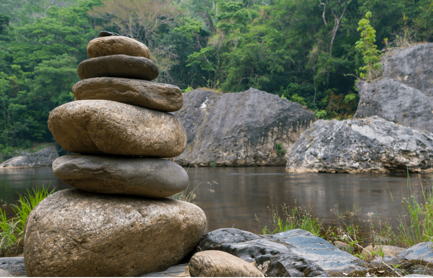why do hikers stack rocks