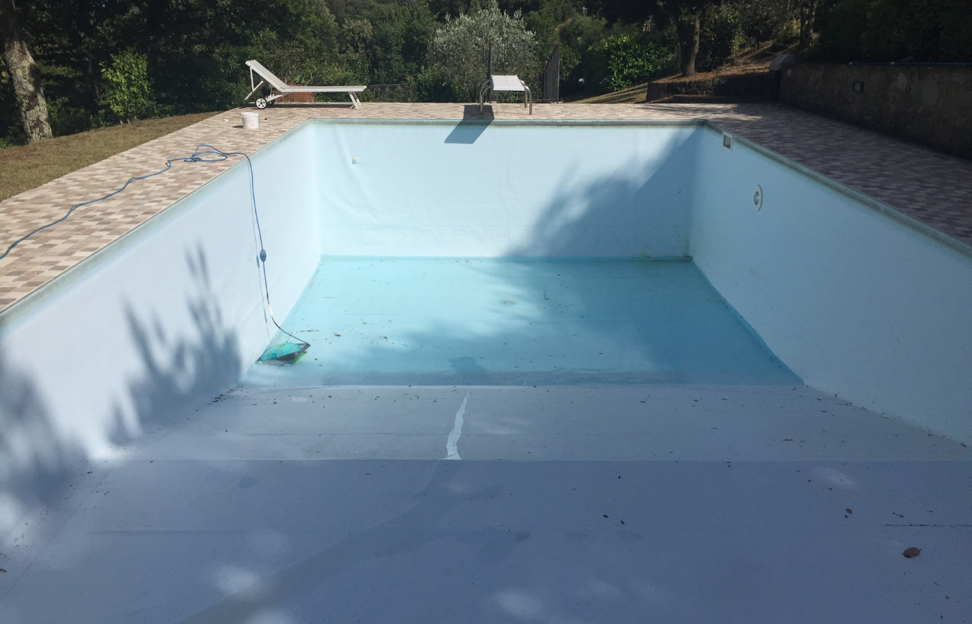 can i use rainwater to fill my pool